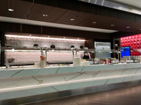 2019-10-10 22_00_19-JFK_ Delta Air Lines Delta Sky Club Reviews & Photos - Terminal 4, Concourse B, .png